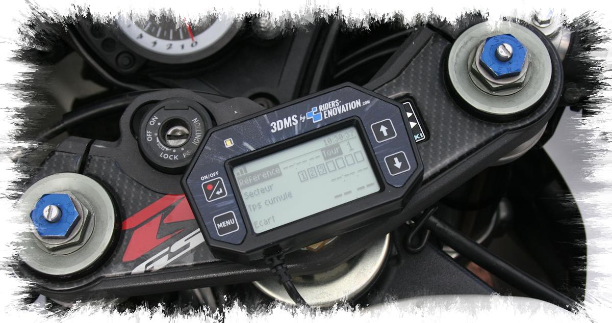 Ecran 3DMS monté moto